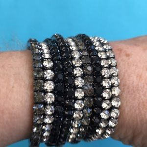 Set of 9 Stretchy Rhinestone Bracelets